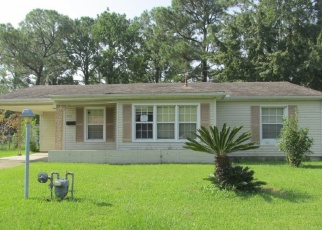 Foreclosed Home in NEW YORK AVE, Pascagoula, MS - 39581