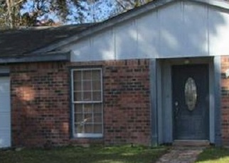Foreclosed Home in POST DR, Harvey, LA - 70058