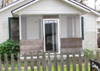 Foreclosed Home in PLUM ST, Houma, LA - 70363