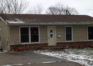 Foreclosed Home in S 4TH ST, Knoxville, IA - 50138