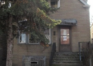 Foreclosed Home en W 72ND ST, Chicago, IL - 60636