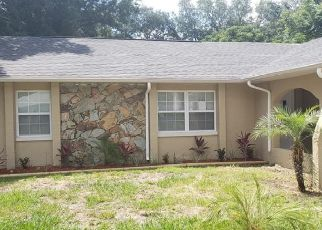 Foreclosed Home in ROYCREST LN, Spring Hill, FL - 34606