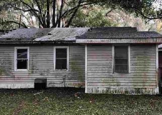 Foreclosed Home en WHITEHALL ST, Palatka, FL - 32177
