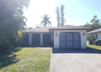 Foreclosed Home en 106TH AVE N, Naples, FL - 34108