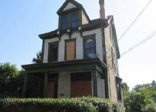 Casa en ejecución hipotecaria in Pittsburgh, PA, 15212,  FLEMING AVE ID: F4341625
