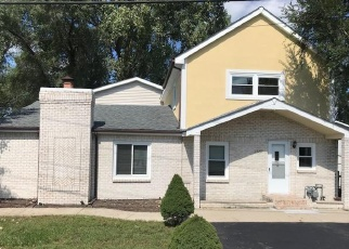 Foreclosure Home in Round Lake, IL, 60073,  BEVERLY DR ID: F4342065