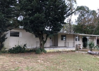 Casa en ejecución hipotecaria in Fruitland Park, FL, 34731,  SPRING LAKE RD ID: F4342410