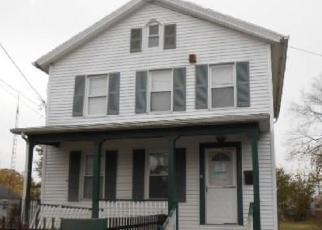 Casa en ejecución hipotecaria in Bridgeport, CT, 06607,  DEACON ST ID: F4343142
