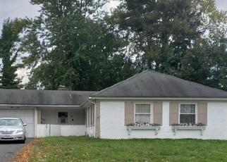 Foreclosed Home in MANOR LN, Willingboro, NJ - 08046