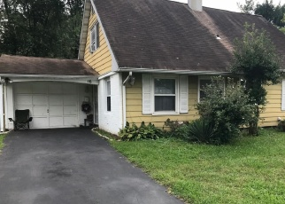 Foreclosed Home in PHEASANT LN, Willingboro, NJ - 08046