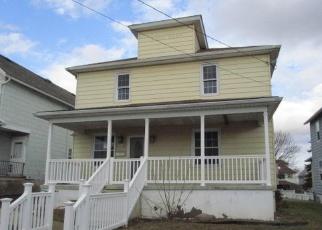 Casa en ejecución hipotecaria in Scranton, PA, 18504,  REYNOLDS AVE ID: F4343874