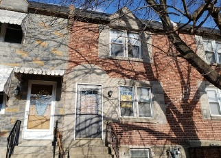 Casa en ejecución hipotecaria in Darby, PA, 19023,  GOLF RD ID: F4344621
