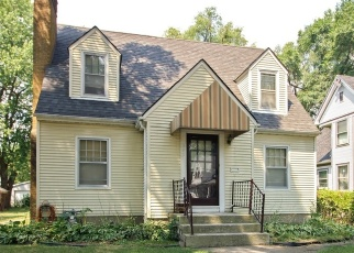 Foreclosed Home in S WILDWOOD AVE, Kankakee, IL - 60901