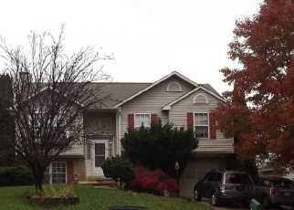 Foreclosed Home in ROCKINGHORSE DR, Woodbridge, VA - 22193