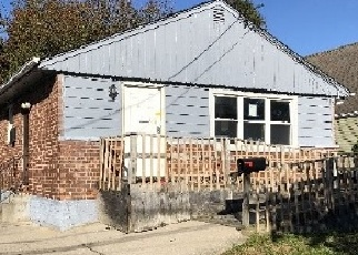Foreclosed Home in BOOTH ST, Hempstead, NY - 11550