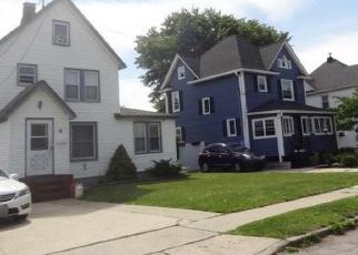 Casa en ejecución hipotecaria in Baldwin, NY, 11510,  BAYVIEW AVE ID: F4345788