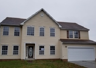 Foreclosed Home in SAINT ANDREWS RD, Moyock, NC - 27958