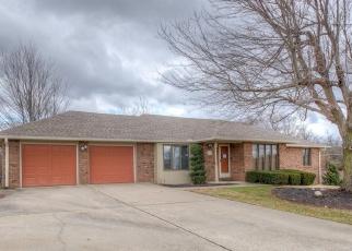 Foreclosed Home en S MONROE AVE, Joplin, MO - 64804