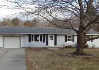 Casa en ejecución hipotecaria in Danielson, CT, 06239,  GLORIA AVE ID: F4346704