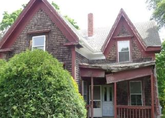 Foreclosed Home in COUNTY RD, West Wareham, MA - 02576