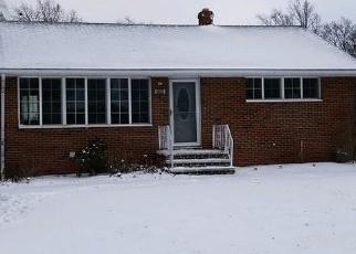 Foreclosed Home en BAYRIDGE BLVD, Eastlake, OH - 44095