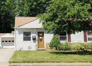 Foreclosed Home en E 337TH ST, Eastlake, OH - 44095