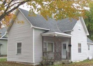 Casa en ejecución hipotecaria in Marshall, MO, 65340,  S ELLSWORTH AVE ID: F4347906
