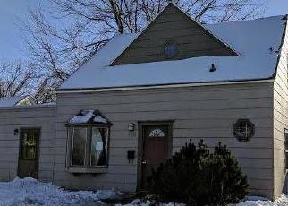 Casa en ejecución hipotecaria in Redwood Falls, MN, 56283,  E 2ND ST ID: F4347968