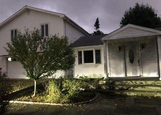 Foreclosed Home en NASSAU RD, Westport, CT - 06880