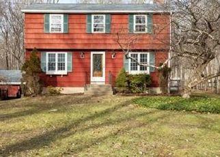 Casa en ejecución hipotecaria in Bolton, CT, 06043,  SCHOOL RD ID: F4348815