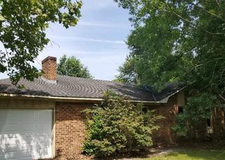 Foreclosed Home in RAINBOW DR, Sumter, SC - 29154
