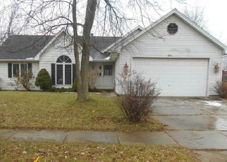 Foreclosed Home en MAPLE AVE, Elburn, IL - 60119