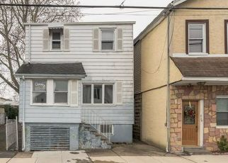 Foreclosed Home in CARNEGIE PL, Vauxhall, NJ - 07088