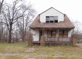 Foreclosed Home en IRVINGTON ST, Highland Park, MI - 48203