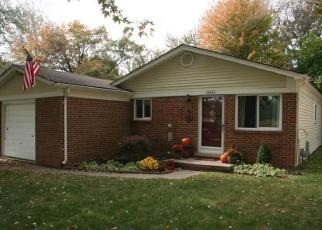 Casa en ejecución hipotecaria in Harrison Township, MI, 48045,  CHERRY LN ID: F4350379