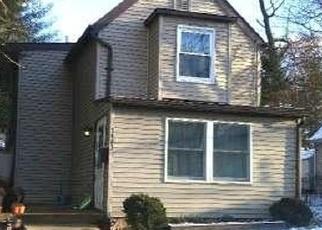 Casa en ejecución hipotecaria in Feasterville Trevose, PA, 19053,  CHESTNUT AVE ID: F4351088