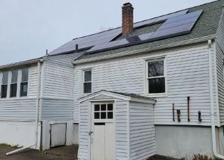 Foreclosed Home in CLOVER ST, Waterbury, CT - 06706