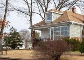 Foreclosed Home in OSWALD ST, Pawtucket, RI - 02861