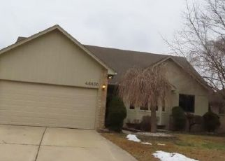 Foreclosed Home in SPRINGHILL DR, Utica, MI - 48317