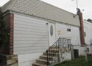 Foreclosed Home en HALDEMAN AVE, Philadelphia, PA - 19115