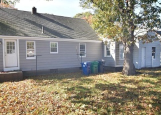 Foreclosure Home in Warwick, RI, 02886,  BUTTONWOODS AVE ID: F4355170