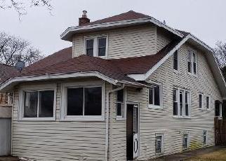 Foreclosed Home en CALWAGNER ST, Franklin Park, IL - 60131