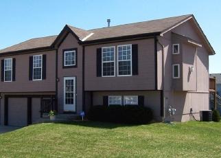 Casa en ejecución hipotecaria in Kansas City, MO, 64154,  N GOWER AVE ID: F4355885