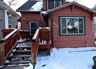 Foreclosed Home en N SPRING AVE, Sioux Falls, SD - 57104