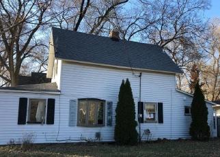 Casa en ejecución hipotecaria in Faribault, MN, 55021,  14TH ST NE ID: F4358844