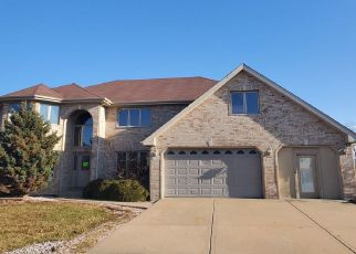 Foreclosed Home en CANTERBURY PL, Country Club Hills, IL - 60478