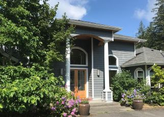 Foreclosed Home en VAN LUVEN PL, Anacortes, WA - 98221