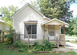 Casa en ejecución hipotecaria in Springfield, MO, 65802,  N BROWN AVE ID: F4360237