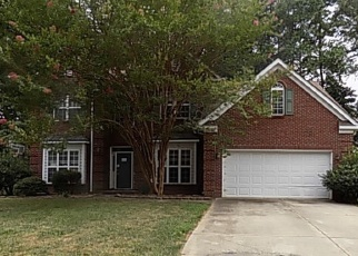 Foreclosed Home in CEDAR POST LN, Charlotte, NC - 28215