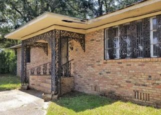 Foreclosed Home in SAINT CHARLES AVE, Mobile, AL - 36617